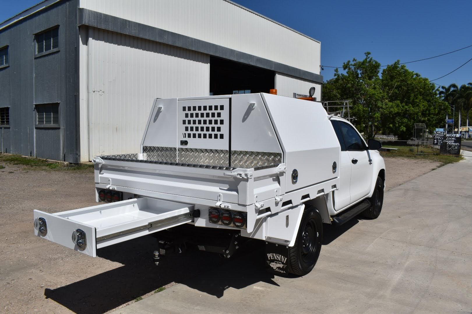 Space-Cab-Tradesman-setup-with-rear-undertray-tray